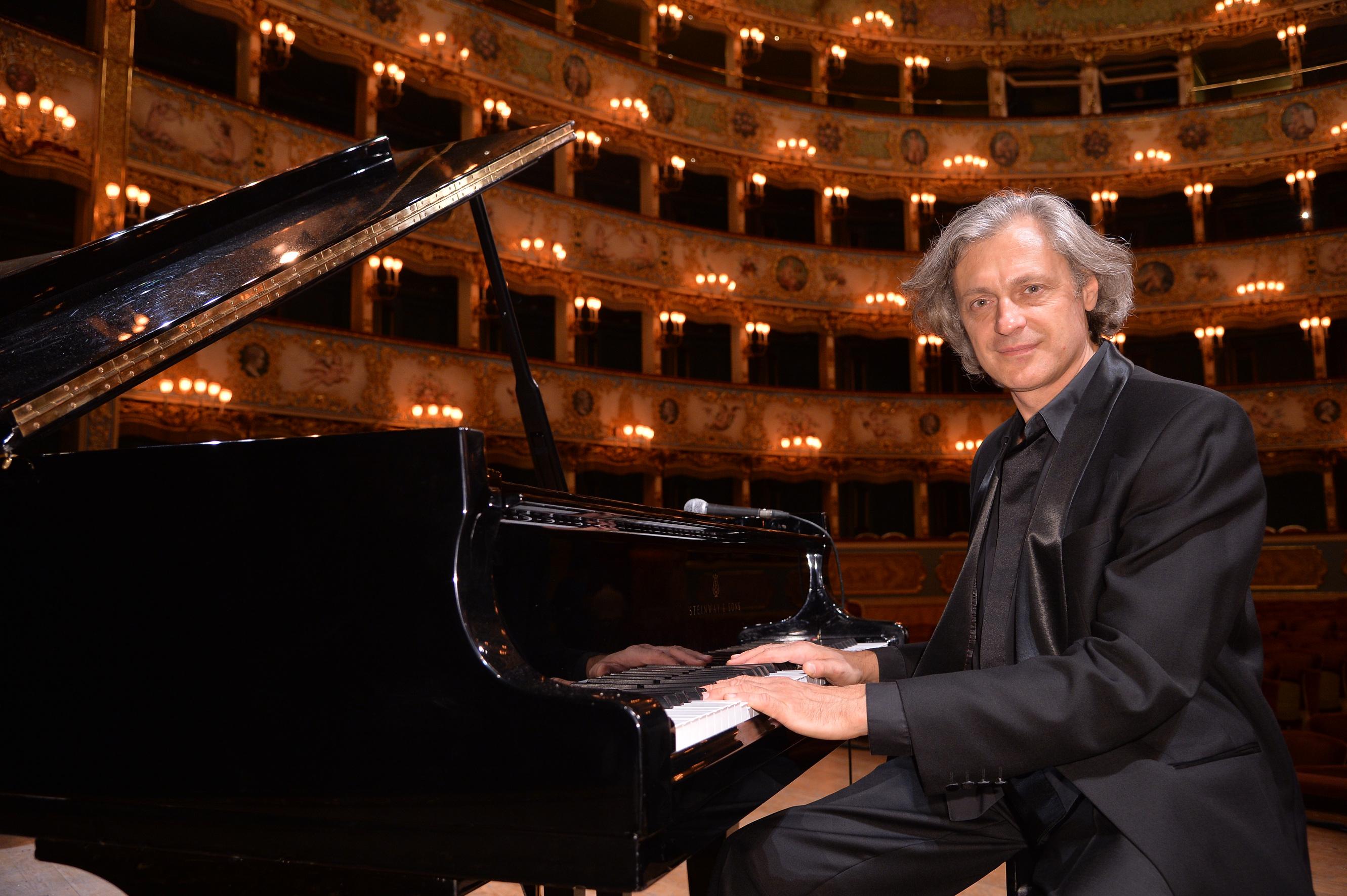 Dimitri Naïditch, Fenice Opera
